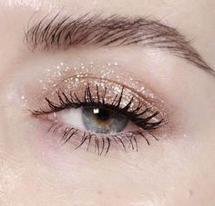 Party eyes | Glitter detail | Weekend inspiration