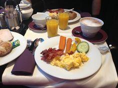 Frühstück und Brunch sind ausgesprochene Lieblingsmahlzeiten von mir. Wenn ich diese nicht gerade daheim mit meinem Mann oder Freunden zelebriere (und wir reden hier von laaange Sitzenbleiben und q...
