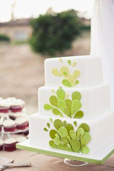 Best 44 Green Wedding Cake Inspiration with Classy Design https://bellestilo.com/2028/44-green-wedding-cake-inspiration-with-classy-design