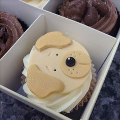 Cupcakes Delivered Next Day in the UK Puppy Cupcakes, Puppy Cake, Cop Cake, Cupcakes Delivered, Cake Decorating Designs, Personalised Cupcakes, Chocolate Dipped Strawberries, Animal Cakes, Food Goals