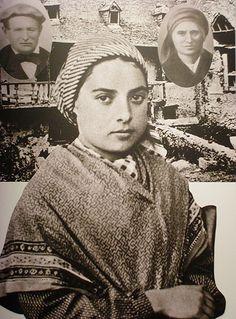 Saint Bernadette Soubirous | Mary, Mother of God, visited Bernadette at Lourdes, France. Ste Bernadette, St Bernadette Of Lourdes, St Bernadette Soubirous, Catholic Saints, Roman Catholic, Catholic Art, Santa Bernardita, La Salette, Lourdes France