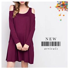 Ring in the NEW YEAR in the 'Cullen' cold shoulder jersey dress in wine! We love no other color more. 🍷 ($36 Available in sizes S & M. Comment for PayPal, excluding the .com.) #dressmingle #ootd #wiw