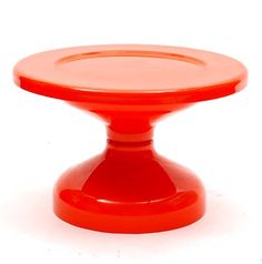 Botterweg Auctions Amsterdam > Orange-red polyester side table, design Achille Castiglioni 1966, executed by Kartell / Italy