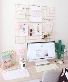 Feminine an chic home office decor and accessories. - Home Office Inspiration - Study Room Decor, Cute Room Decor, Gold Room Decor, Study Rooms, Study Desk, Home Office Design, Home Office Decor, Home Decor, Office Ideas