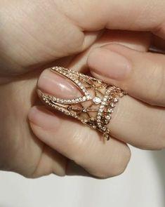 Nails Wedding Sparkle Bride Ideas For 2019 - diamond jewellery - Stylish Jewelry, Cute Jewelry, Bridal Jewelry, Unique Jewelry, Fashion Jewelry, Wedding Jewelry For Bride, Wedding Bride, Vintage Jewelry, Hand Jewelry