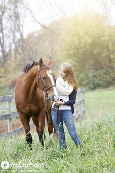 Senior Pictures with Horses - pose ideas for girls