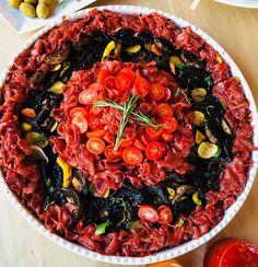 Springbok carpaccio platter Paella, Platter, Catering, Yummy Food, Ethnic Recipes, Delicious Food