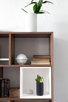 Lyngby vase giveaway - cocolapinedesign.com