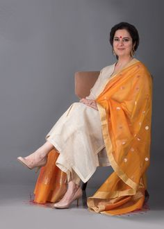 Marigold Silk Chanderi Dupatta with Zari Handwork Silk Kurti Designs, Kurta Designs Women, Kurti Designs Party Wear, Pakistani Bridal Dresses, Pakistani Dress Design, Dress Indian Style, Indian Dresses, Ethnic Outfits, Indian Outfits
