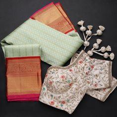 Wedding Saree Blouse Designs, Pattu Saree Blouse Designs, Salwar Designs, Wedding Sarees, Simple Blouse Designs, Blouse Neck Designs, Latest Silk Sarees, Traditional Silk Saree, Saree Trends