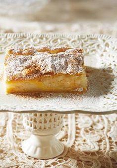 Μπουγάτσα νηστίσιμη Greek Sweets, Greek Desserts, Greek Recipes, Sweet Pie, Mediterranean Recipes, International Recipes, Sweet Treats, Food And Drink, Healthy Recipes