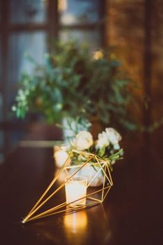gold geometric centerpieces - photo by Amber Gress Photography