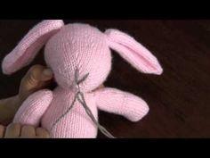 Acabados: cómo coser las partes y hacer los detalles de la cara
