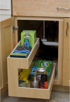 Like this pull-out option for cabinet under the sink #KitchenStorage Best Kitchen Cabinets, Kitchen Drawers, Kitchen Pantry, Pantry Cabinets, Kitchen Sinks, Organized Kitchen, Cheap Kitchen, Kitchen 2016, Storage Cabinets