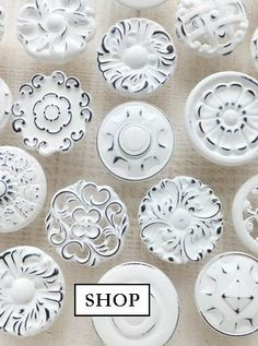 White chalk painted furniture knobs ideas for 2019 Funky Painted Furniture, Painted Bedroom Furniture, Furniture Knobs, Chalk Paint Furniture, Furniture Vintage, Small Apartment Furniture, Living Room Decor Furniture, Shabby Chic Knobs, Pottery Barn Outdoor