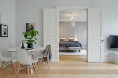 Scandinavian design is full of clever design techniques to make a home look bigger. Visit Mocha now to learn their design secrets to use in your home. Living Room Inspiration, Bedroom Inspirations, Interior Furniture, Living Room Scandinavian, Home And Living, Furniture, Interior, Home Decor Colors, Home Deco