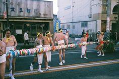 V de Vigueras: 裸祭り a.k.a. Naked Festival.