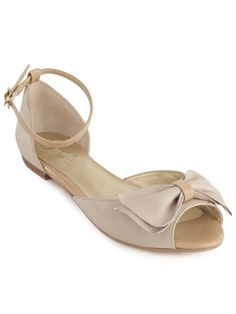 I love Seychelles shoes.  They're always so pretty.