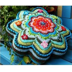 Free Crochet Flower/Star Shaped Pillow Pattern. More Great Patterns Like This