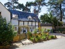 April Cottage, Mickleton, nr Eversham, Gloucestershire, Self Catering England.