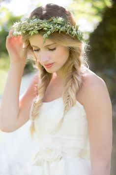 pretty fishtail plaits and green crown