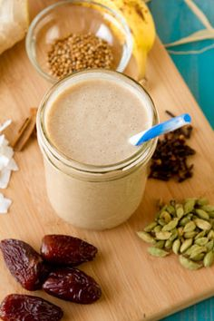 bombay banana smoothie via @fitsugar - creamy, nutrient-rich smoothie filled with non-dairy milk, fresh banana, and chai spices #vegan