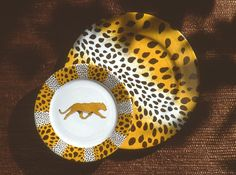 leopard charger and dessert plate. so jungle! (#safari, #out of africa, #jungle) Jungle collection, safari, , Dinnerware, porcelain, Africa, hand made,FRAGILE by Patricia Deroubaix.Limoges France
