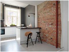 Brick wall + dark grey paint <3