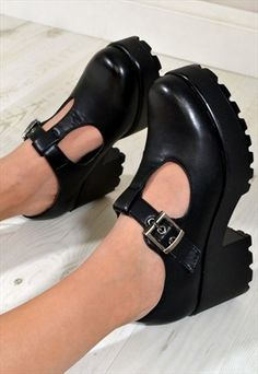 PERI Retro Style Chunky Heel Oxford Ankle Boots in BLACK