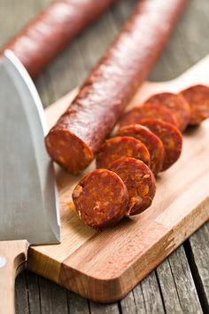 A recipe for Spicy Beef Sticks made with ground beef, spicy pork sausage, mustard seed, liquid smoke flavoring, Worcestershire Venison Sausage Recipes, Homemade Sausage Recipes, Jerky Recipes, Spicy Beef Stick Recipe, Pepperoni Snack Stick Recipe, Pepper Sticks Recipe, Charcuterie Recipes, Curing Salt, Liquid Smoke