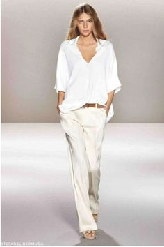 15 White Trousers To Go With Everything Source by clothes fashion moda White Fashion, Look Fashion, Runway Fashion, Womens Fashion, Street Fashion, Cheap Fashion, Street Chic, Spring Fashion, Fashion Beauty