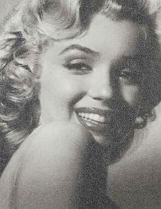 Marilyn Monroe artwork by Simon Claridge.
