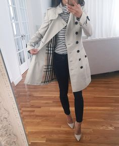 Burberry chelsea classic slim trench coat for petite women