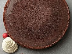 Tom Kerridge's flourless dark chocolate cake is so simple, cooked at a low temperature and left to set as it cools - and it keeps for days Baking Recipes, Cake Recipes, Dessert Recipes, Delicious Desserts, Sticky Toffee Cupcakes, Tom Kerridge, Caramel Buttercream, Buttercream Recipe, Dark Chocolate Cakes