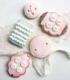 Whipped Bakeshop's custom fabric themed brand cookies for Madalynne! Inquire today for cookie favors! We ship cookies across the United States. Individually Wrapped Cookies, Cookie Favors, Custom Cookies, Custom Fabric, Cookie Decorating, Handicraft, Icing, United States, Ship
