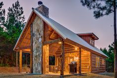 "Settle In Cabin in Broken Bow, Oklahoma ""Settle In"" to our cozy Early American…"