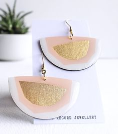 Modern pink and gold semicircle vinyl record earrings / zero waste jewelry Eco Resin, Handmade Accessories, Signature Style, Zero Waste, Sustainable Fashion, Vinyl Records, Pink And Gold, Place Card Holders, Jewellery