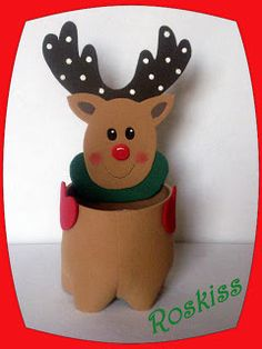Reindeer container for Christmas gift package Christmas Gift Opening, Art Christmas Gifts, Christmas Gift Baskets, Christmas Crafts For Kids, Christmas Goodies, Xmas Crafts, Christmas Snowman, Handmade Christmas, Christmas Holidays