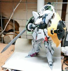 Gundam Custom Build, Gunpla Custom, Gundam Model, Character Drawing, Plastic Models, Robot, Action Figures, Sculptures, Fan Art