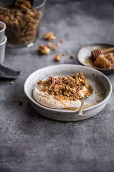 coffee gingerbread granola
