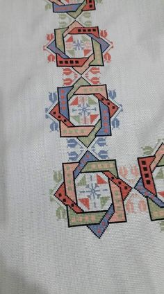 Cross Stitch Borders, Modern Cross Stitch, Cross Stitch Designs, Cross Stitching, Cross Stitch Patterns, Hardanger Embroidery, Folk Embroidery, Embroidery Patterns Free, Cross Stitch Embroidery