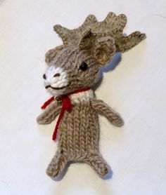 A fun and light-hearted blog about my adventures designing knitted toys, as well as occasional stories from my real life, including photos, videos, and favourite recipes.