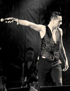 Singing In The Rain.  Dave Gahan during Depeche Mode Delta Machine tour