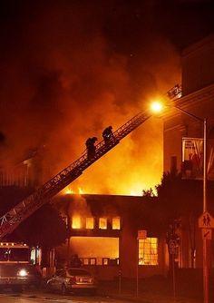 インターネット・アーカイブのスキャン施設で火災、建物と資料に被害。サーバは無事 - Engadget Japanese