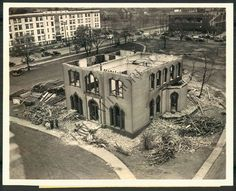 Demolition of the Rockefeller house on Euclid Avenue, Cleveland, 1938