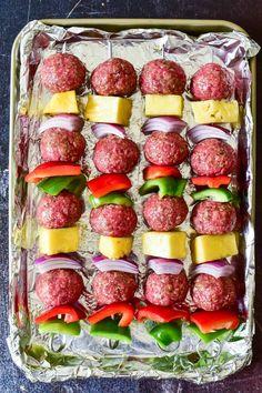 Kabob Recipes, Grilling Recipes, Gourmet Recipes, Beef Recipes, Cooking Recipes, Beef Skewers, Kebabs, Hawaiian Meatballs, Coconut Shrimp