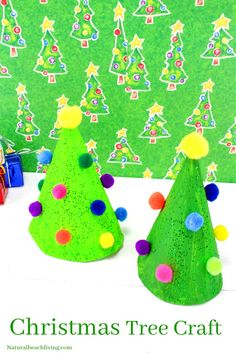 Paper plate christmas tree craft, paper plate crafts for preschoolers Country Christmas Crafts, Preschool Christmas Crafts, Christmas Craft Projects, Nativity Crafts, Christmas Crafts For Gifts, Christmas Decorations To Make, Christmas Christmas, Paper Plate Crafts For Kids, Crafts For Kids To Make