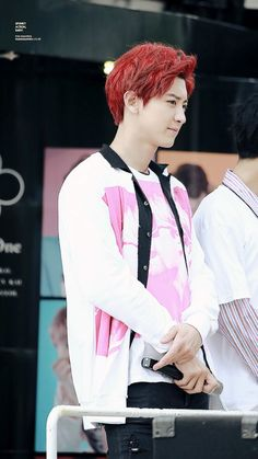 Chanyeol *-* The red hair color really suits him *_*