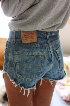 cut off jean shorts and grey long sleeve tee. cute casual outfit.