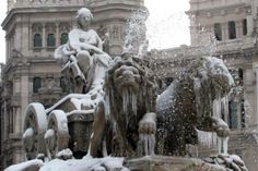 Madrid en invierno Skyline, Madrid, Lion Sculpture, Statue, Spain Tourism, Music Festivals, Seasons Of The Year, Cities, Trips